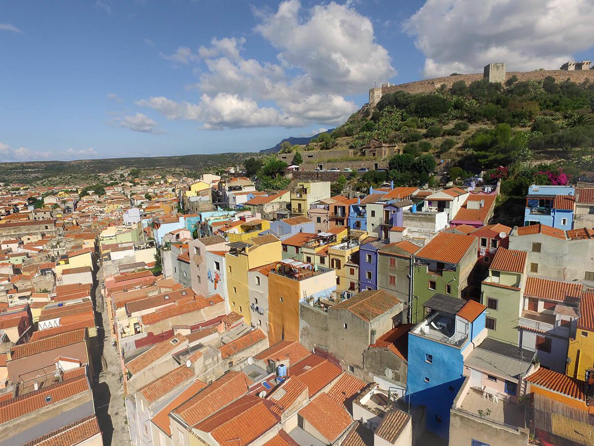 Panorama di Bosa - Il terrazzo zen - B&B Blu Bosa