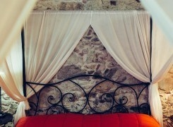 """Una """"pietra"""" d'amore: da fidanzati a novelli sposi"""