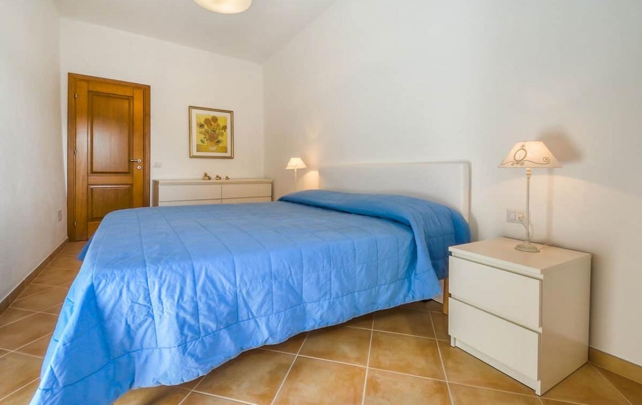 Camera matrimoniale - Blu Casa vacanze - Casa vacanze a Bosa